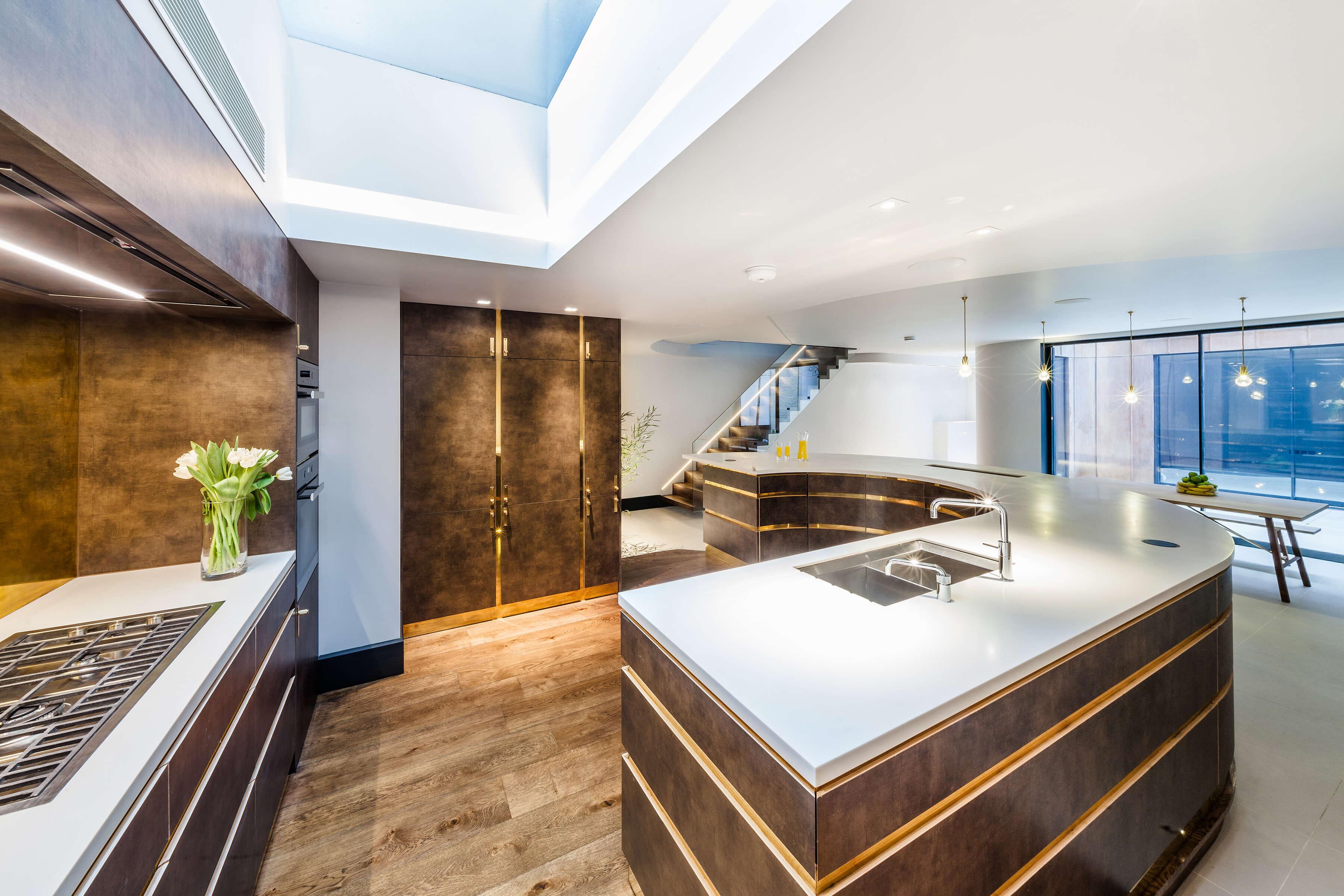 Custom kitchen by Splinterworks for luxurious entertaining