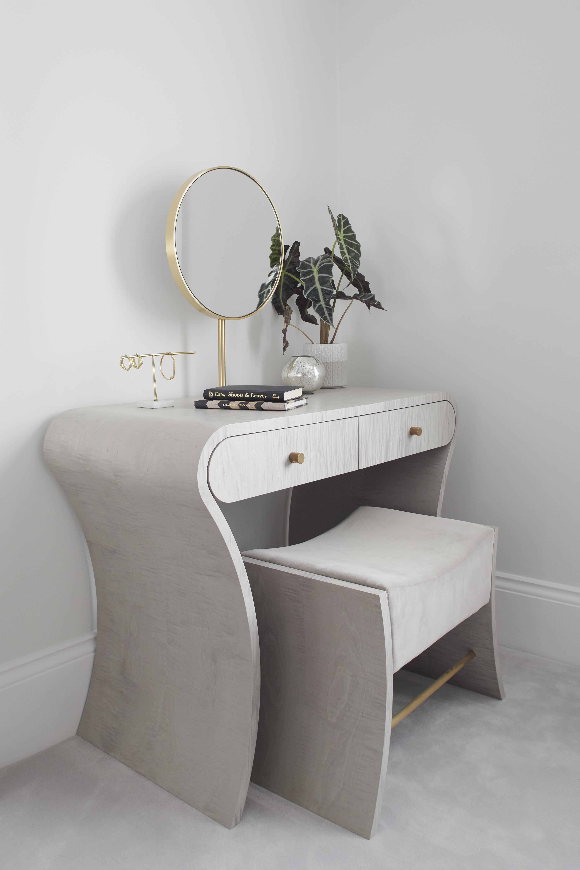 Muse Dressing Table by Splinterworks